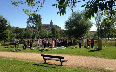Celebración del Día Internacional del Yoga en Salamanca